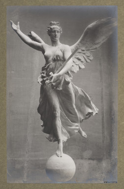 5824-1938 Photograph of Victory from the Victor Emanuel Monument in Rome by Adolfo Apolloni