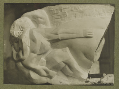 6664-1938 Photograph of 'Leda' a sculpture by Ossip Zadkine.