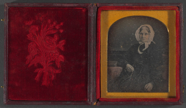 Photograph: old lady ca.1850 1 item