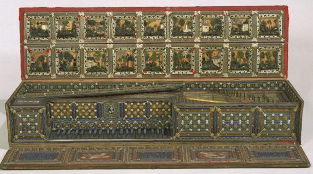 Virginal (402-1872): Resin restorations