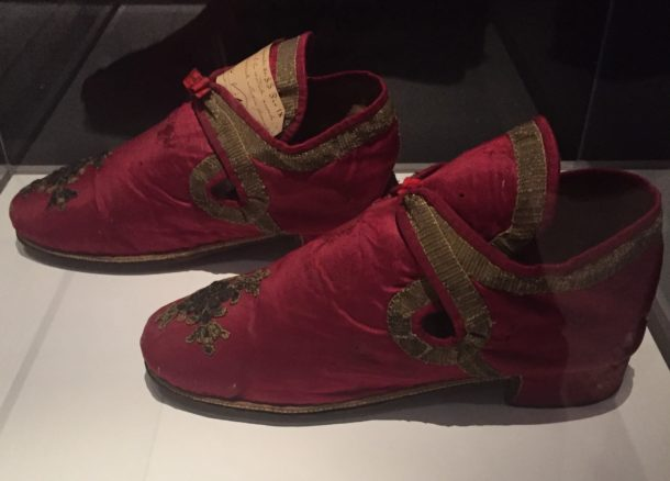 Papal shoes, Italy, ca. 18th century