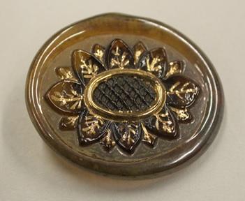 Orplid Glassworks, Glass button, ca. 1940-1945, C.340-2017.