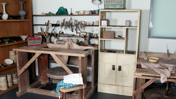 Reconstruction of a part of Lucie Rie's Albion Mews studio in Gallery 143.