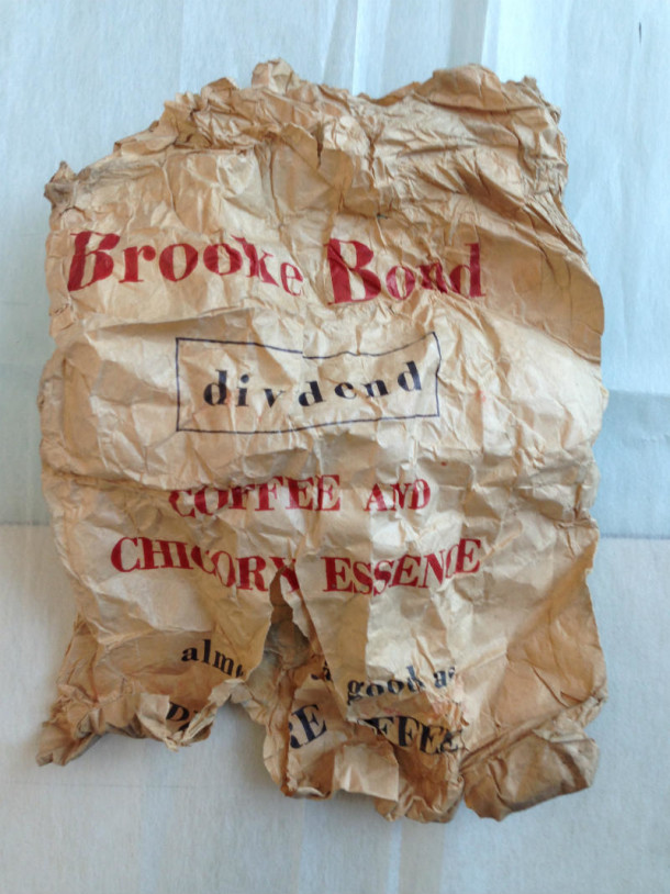 Brooke bond tea bag before conservation © Johanna Puisto, Victoria and Albert Museum, London