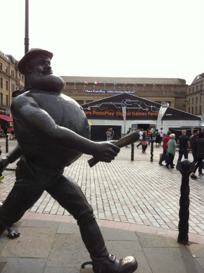 Desperate Dan hurrying to the festival. © Laura Southall