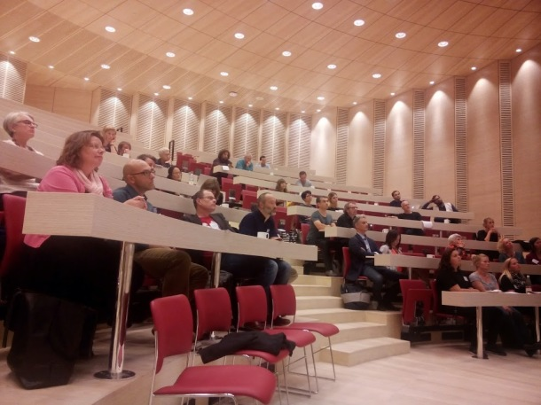 Conference delegates inaugurate the SDU Kolding Campus lecture theatre seating.