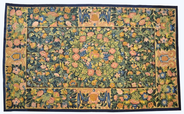 Table carpet as photographed by conservators before they started their work © Victoria and Albert Museum, London