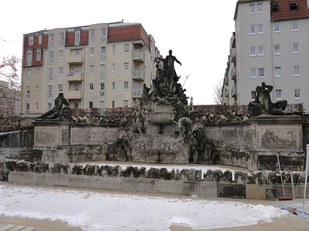 The Fountain of Neptune, Dresden © Sissume