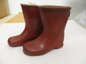 MISC.215:1-1988; Red rubber wellington boots; Dunlop, ca. 1959. Held by the Museum of Childhood © Victoria and Albert Museum, London