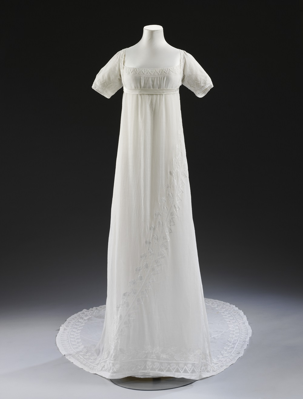 A georgian romance victoria and albert museum for Period style wedding dresses