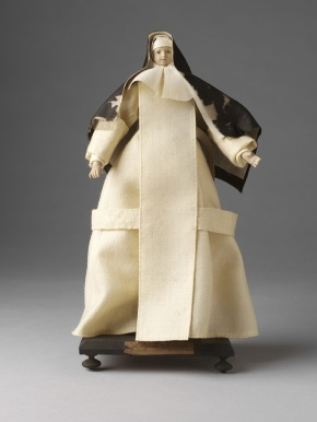 1212:48-1905, doll dressed as a Carthusian nun ©  Victoria and Albert Museum, London