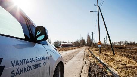 Maakaapelointi etenee Luoteis-Vantaalla