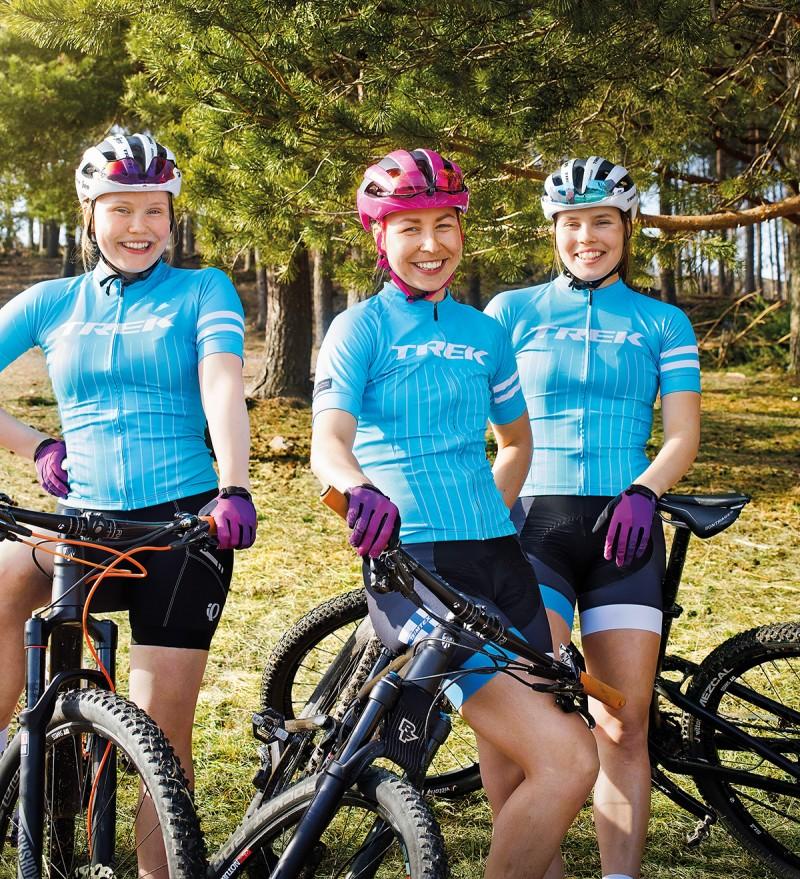 Women Trek Fin