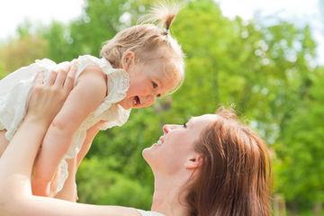 Mamma rossa e bamino