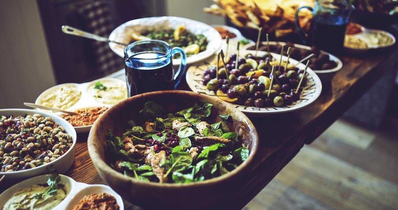 food-salad-healthy-vegetables-426568-edited.jpg