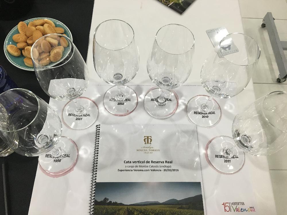 Cata Vertical de vino Reserva Real de Bodegas Torres