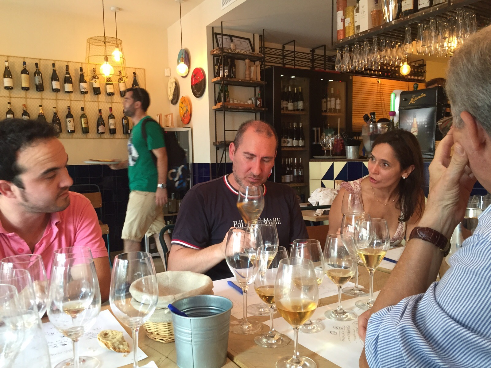 Los innombrables y el vino blanco