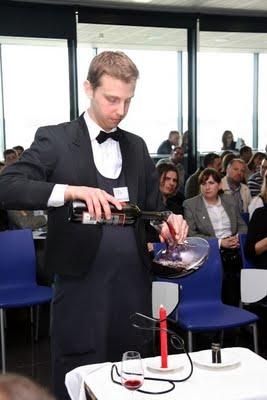 Tomando una copa con guillaume glories - Restaurante entrevins valencia ...