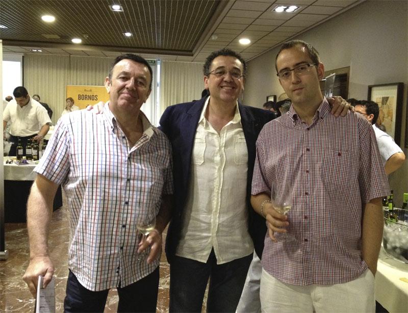 Jose Contreras junto a los foreros Ricardof y Schivas