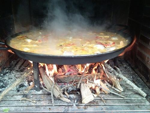 comer paella-a-leña-valencia
