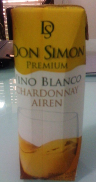 Chardonnay & Airen Blanco Premium de Don Simón