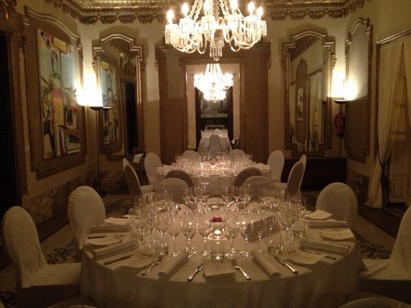 Cena  en La Embajada