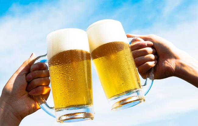 tercera bebida más popular del mundo: cerveza