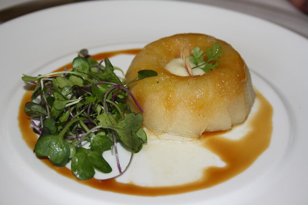 Timbal_de_manzana_y_foie_gras_con_aceite_de_vainilla_Can_Roca_Peña_Gastronómica_Los_Restauranteros_BloG-M_Aurelio_Gómez-Miranda