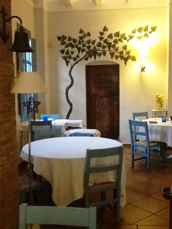Restaurante_Ca_Pepico_mesa_redonda