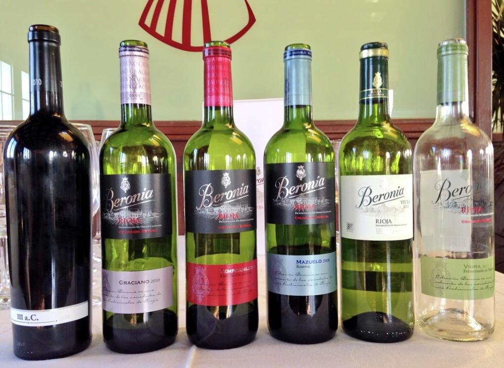 Selección de vinos para la comida en Beronia