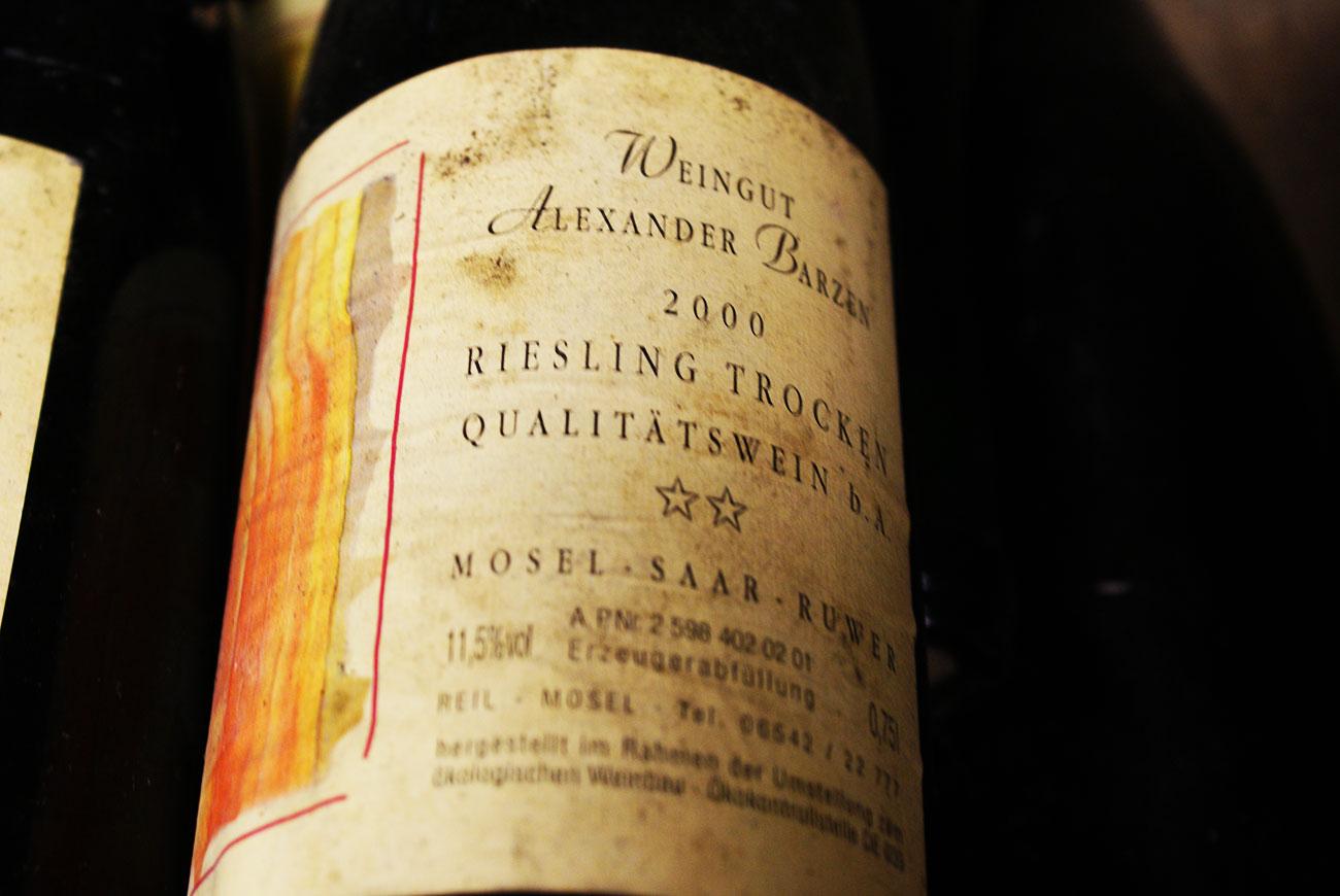 De los primeros vinos Riesling de Barzen, añada 2000