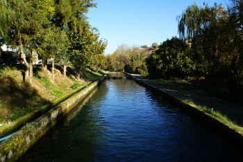 Piscina de la piscifactoria Riofrío