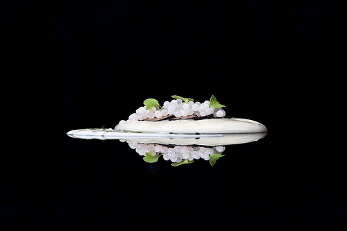 Perlas de caracol con crema de patatas al aceite de oliva arbequina, trufa y crema agria