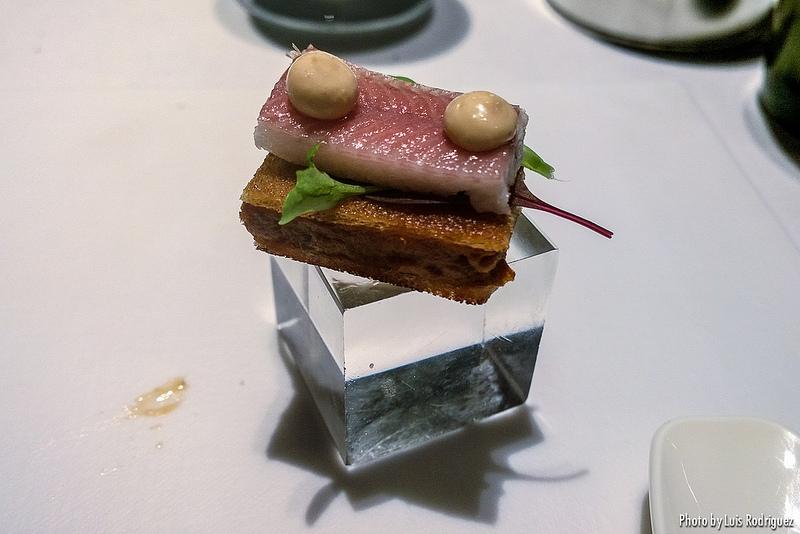 Pata negra untoso y pegajoso, lluvia de clorofila agridulce, tórtola y anguila, segunda parte, restaurante DiverXO