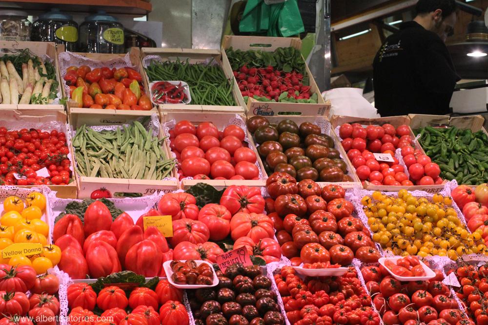 Puesto Fruites y Verdures Torrent