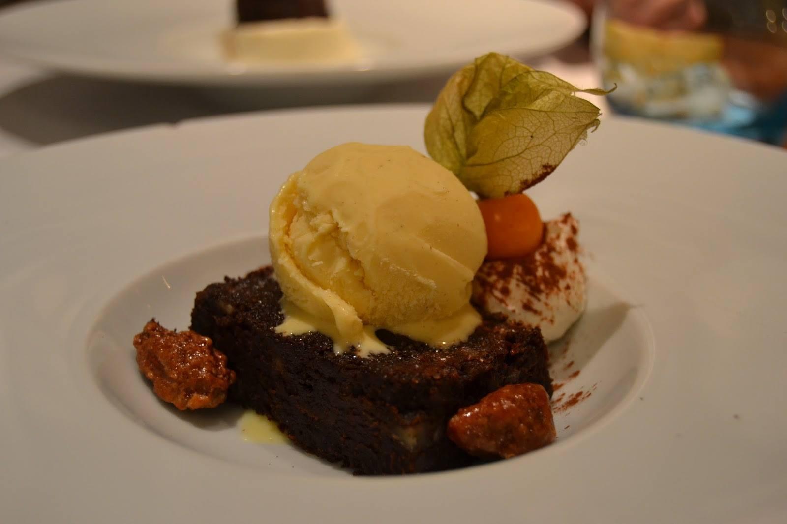 Brownie helado de vainilla