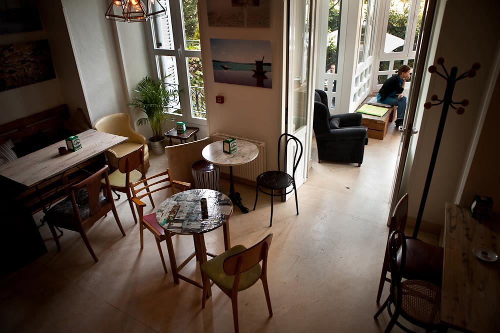 Interior Kafé La Botanika