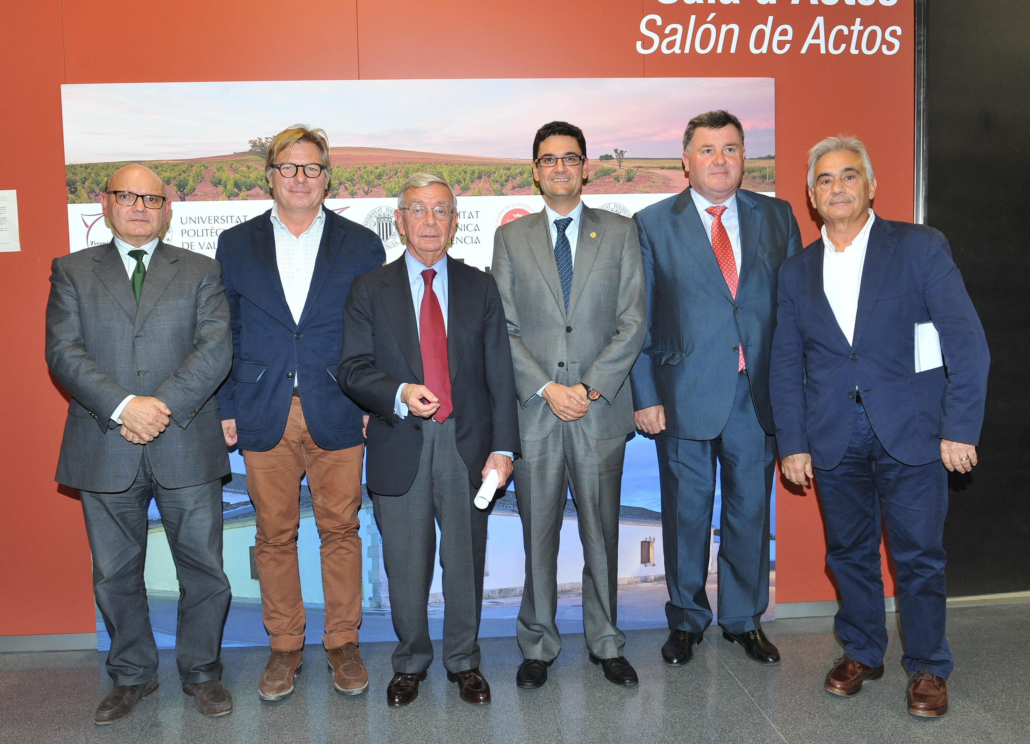 Mesa de presidencia entrega premio Terroir Universidad Politécnica de Valencia