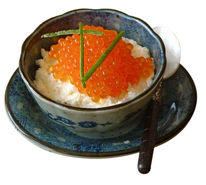 Caviar de trucha con espuma de coliflor