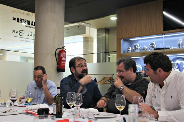 Debate en la presentación de los nuevos vinos de Murviedro