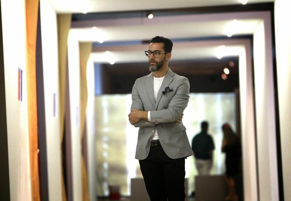 Quique Dacosta presenta su primera exposición artística