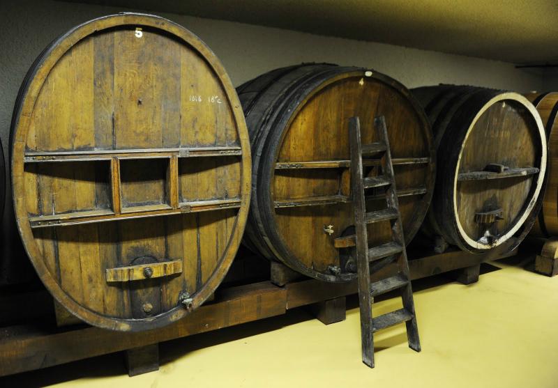 Fudres: crianza y almacenamiento de vino