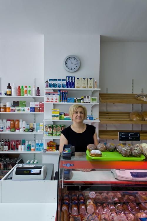 Danuta Siejka in haar winkel