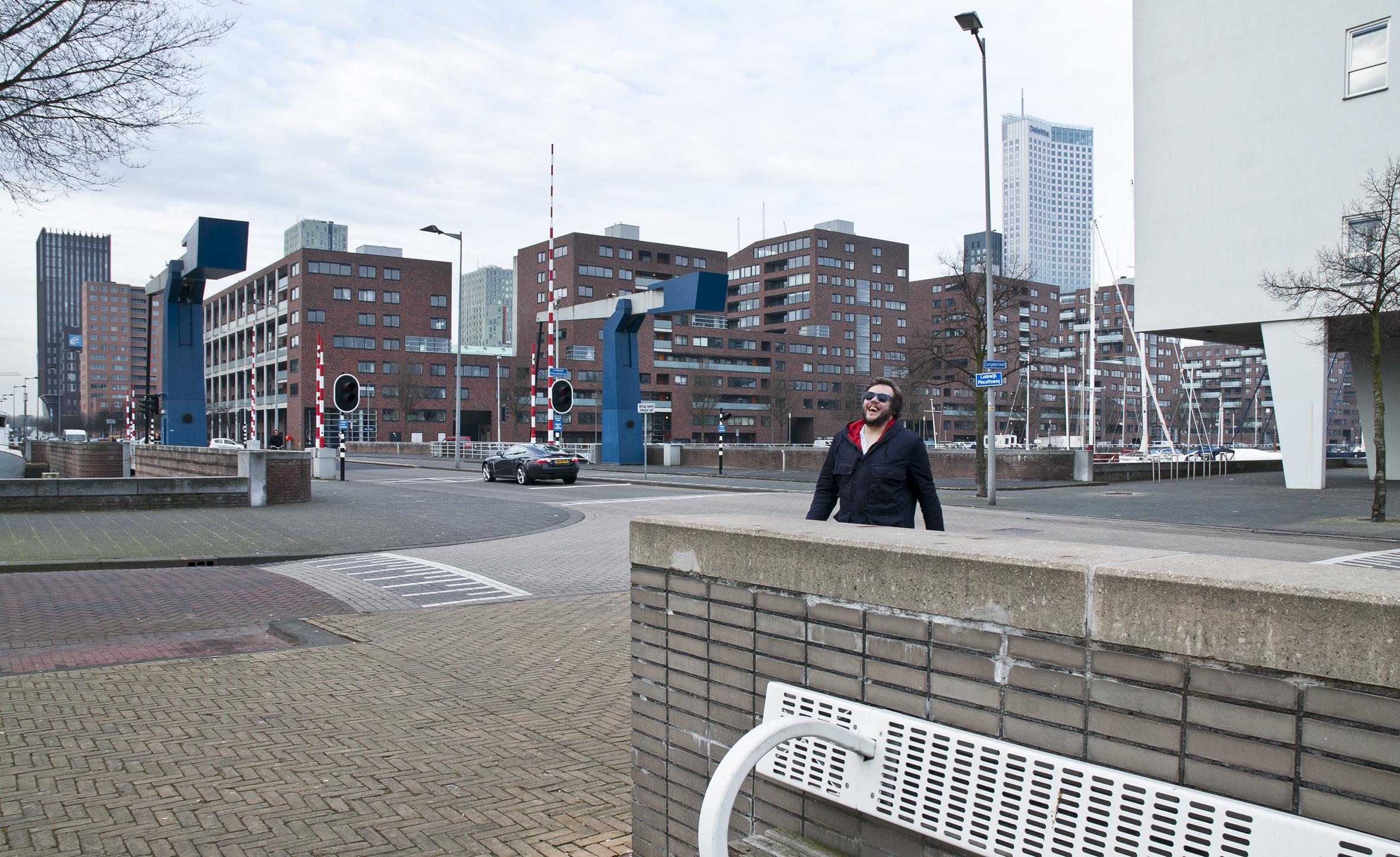 Lodewijk Pincoffsweg, officiële straatnaam van Rotterdam bij beslissing van B&W sinds 23 oktober 1992