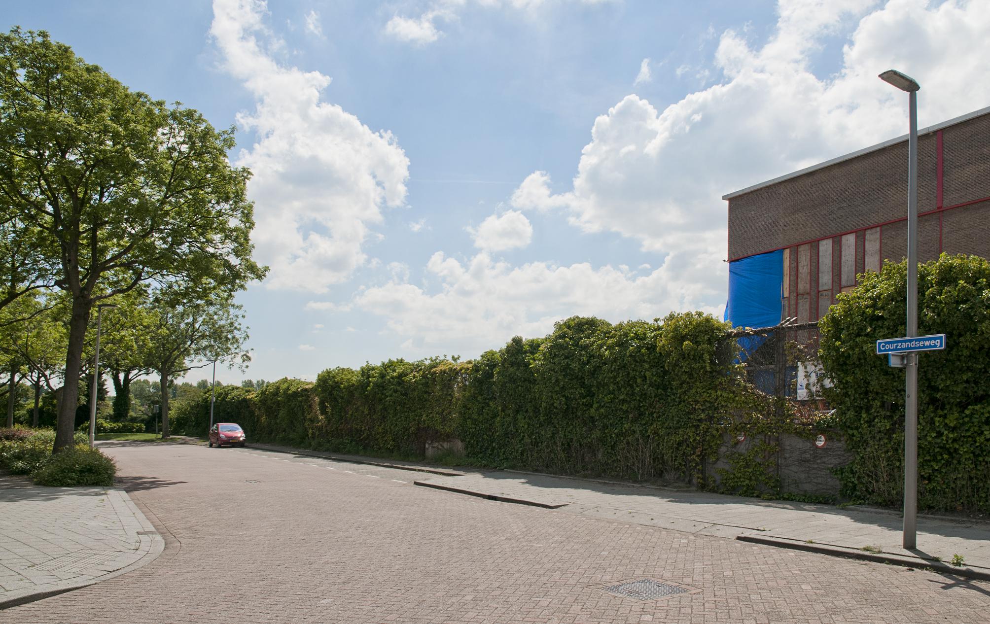 Courzandseweg, officiële straatnaam van de gemeente Rotterdam bij beslissing van B&W sinds 23 januari 1906
