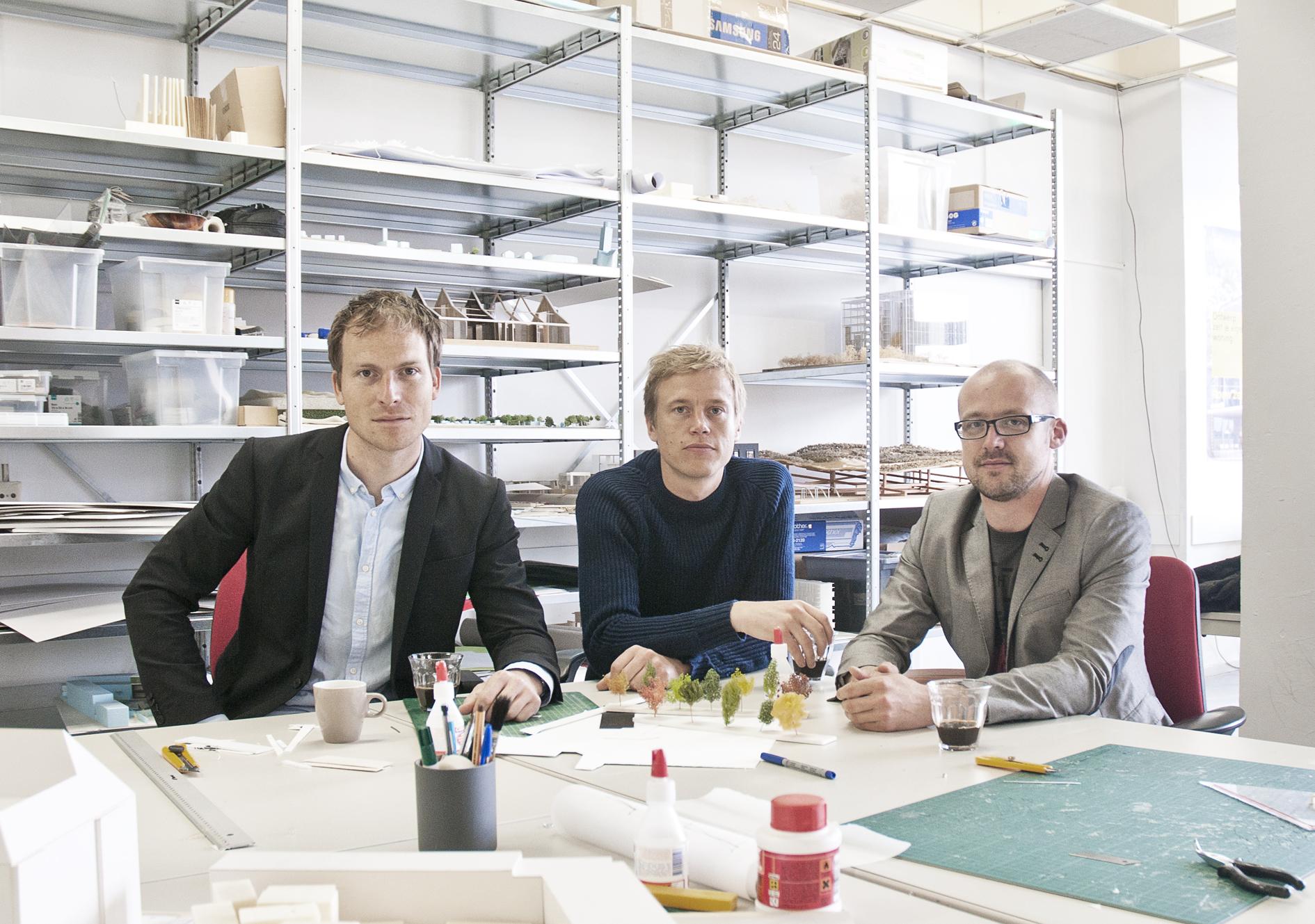 LOLA:  Cees van der Veeken, Peter Veenstra, Eric-Jan Pleijster