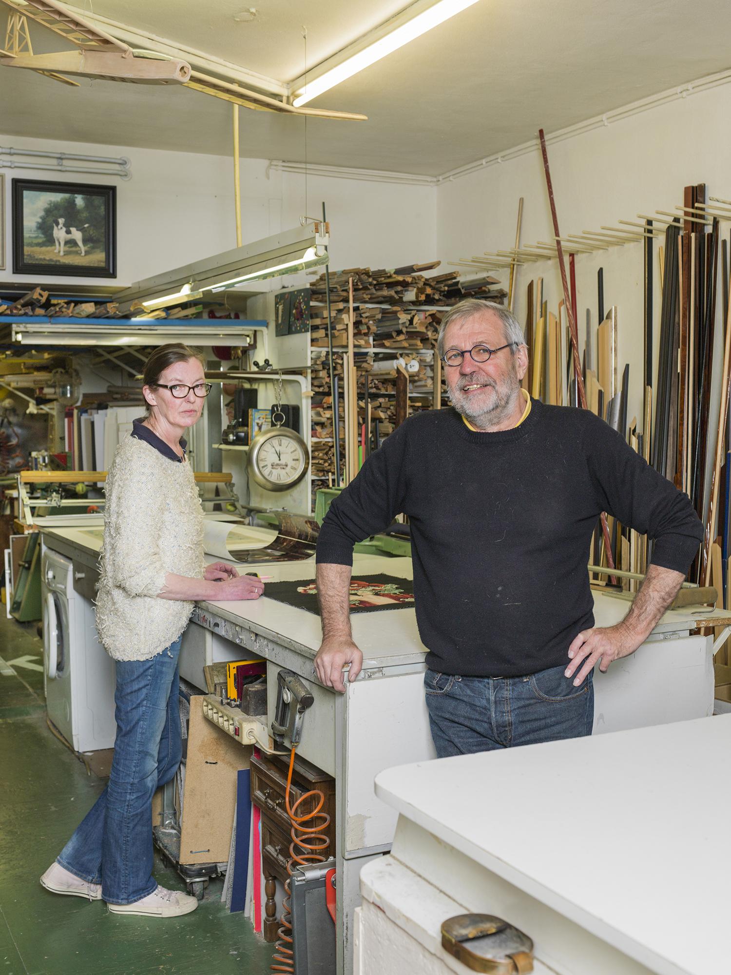 Jolanda Weimar en Fred Bosch van Lijstenmakerij Le Bouclier