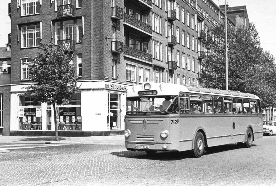vers-beton-rotterdam-wederopbouwrit-bus
