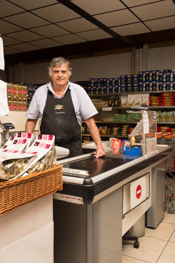 Eigenaar Supermarkt Little Italy in Rotterdam