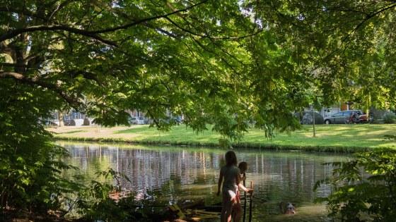 essenburgpark_kinderen_waterkant_jasmijn_krol